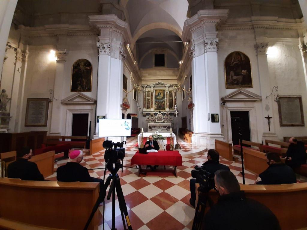 Daniel Premerl održao je predavanje u Katedrali