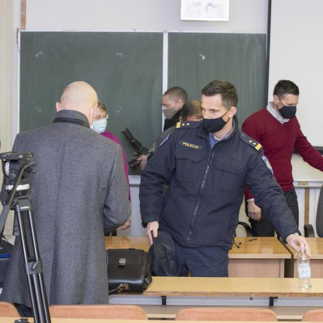 Načelnik Postaje granične policije Gruda Matko Klarić nije se 'izvukao' kao kolege mu Stipe Žigo iz Makarske ili Željko Kruneša iz Rijeke<br />