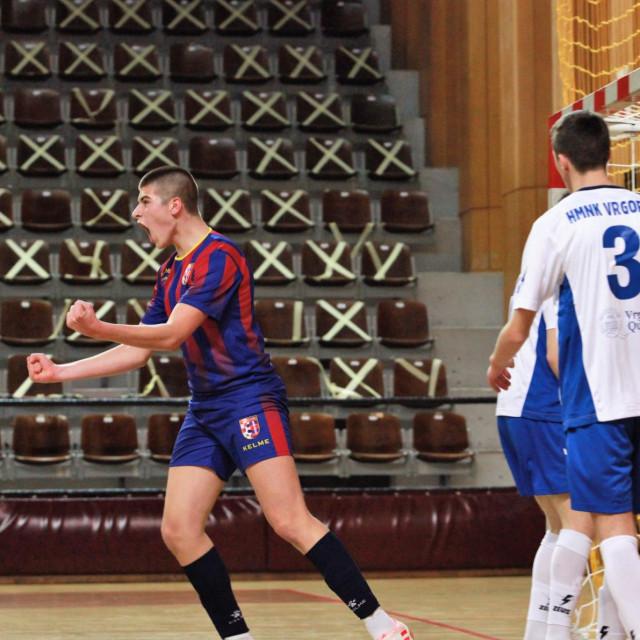 Juniorsko PH; 2. kolo: Square - Vrgorac foto: Tonči Vlašić