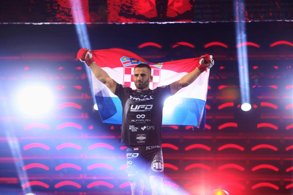 Antun Račić uoči borbe u zagrebačkoj Areni krajem 2019. godine foto: Tonči Vlašić