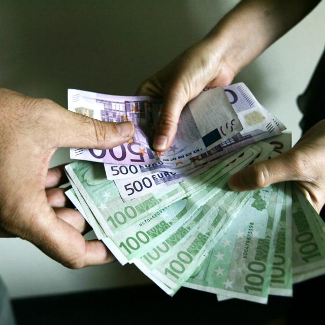 novac, stečajni upravitelji