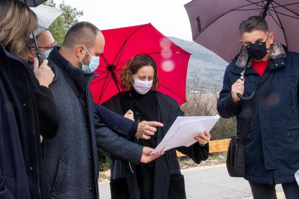 Ministrica Obuljen Koržinek obišla radove na izgradnji Lapidarija Narona