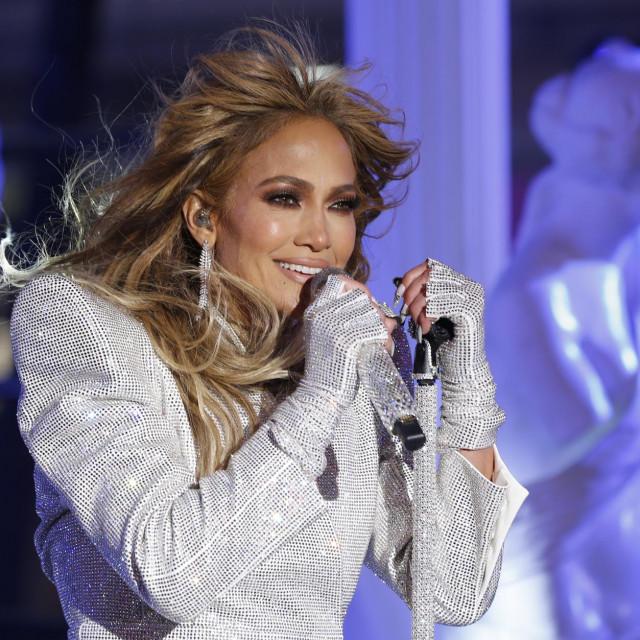 Jennifer je nastupila na Times Squareu na tradicionalnom dočeku Nove godine