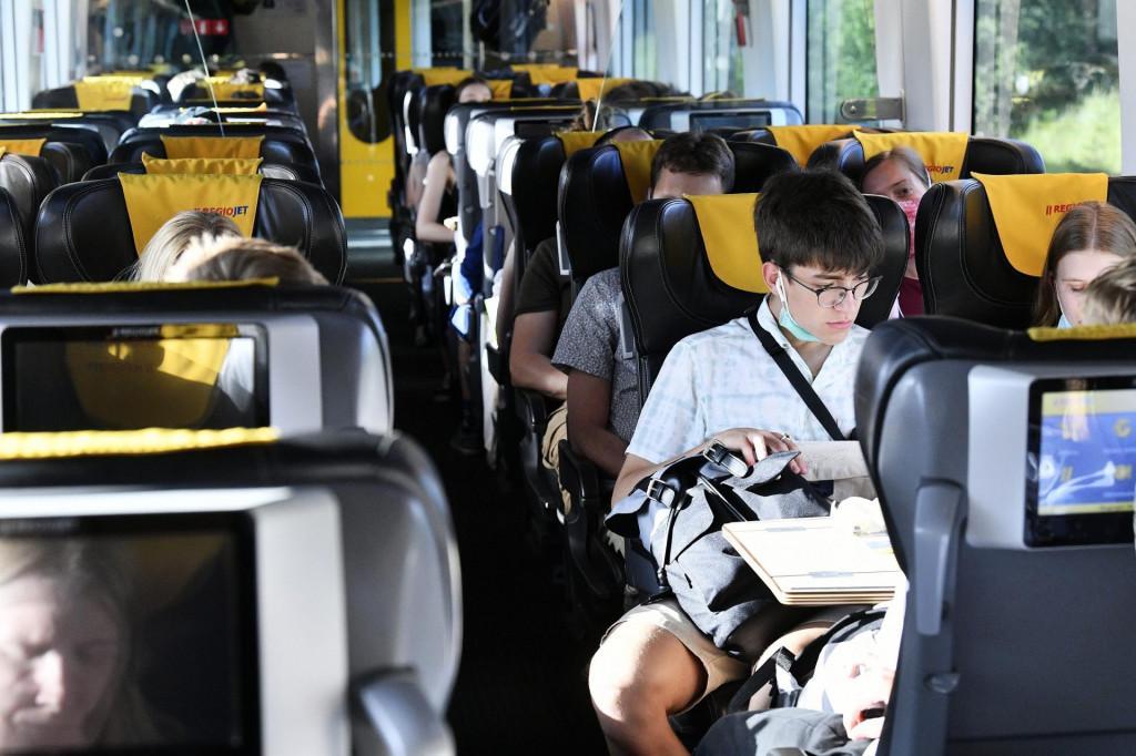 Prvi vlak česke kompanije Regiojet na liniji Prag - Rijeka koja je oformljena prvenstveno zbog prijevoza českih turista na jadransku obalu