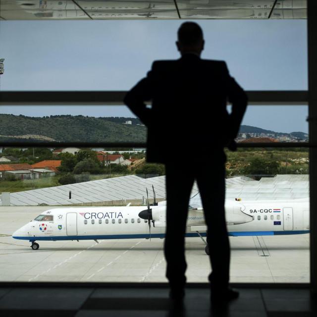 Planiramo pokrenuti inicijativu imenovanja naše zračne luke u Resniku imenom našega nebeskog zaštitnika, kazao nam je župan