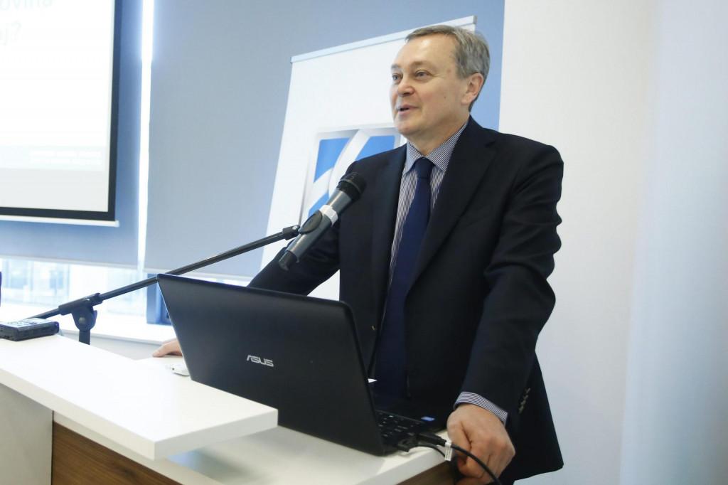 Predsjednik Hrvatske udruge Banaka Zdenko Adrović