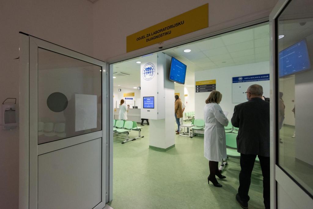 Zadar, 010221.<br /> Novouredjeni laboratorij Opce bolnice Zadar od danas djeluje u novom prostoru u zgradi poliklinike.<br />