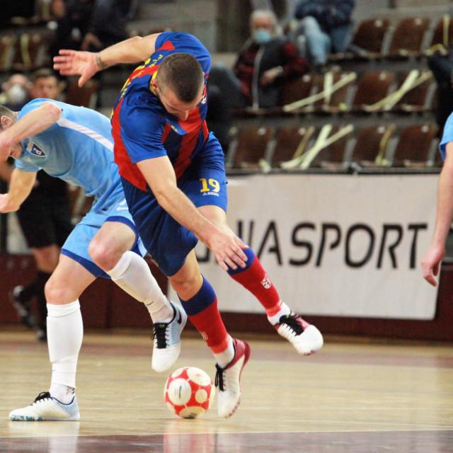 Prva HMNL, 11. kolo, Dubrovnik: Square - Futsal Dinamo foto: Tonči Vlašić