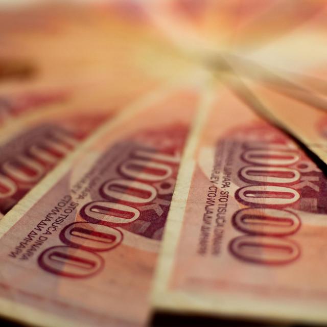 Jugoslavenski dinari davno su propali, ali preuzete obveze netko na koncu mora namiriti<br />