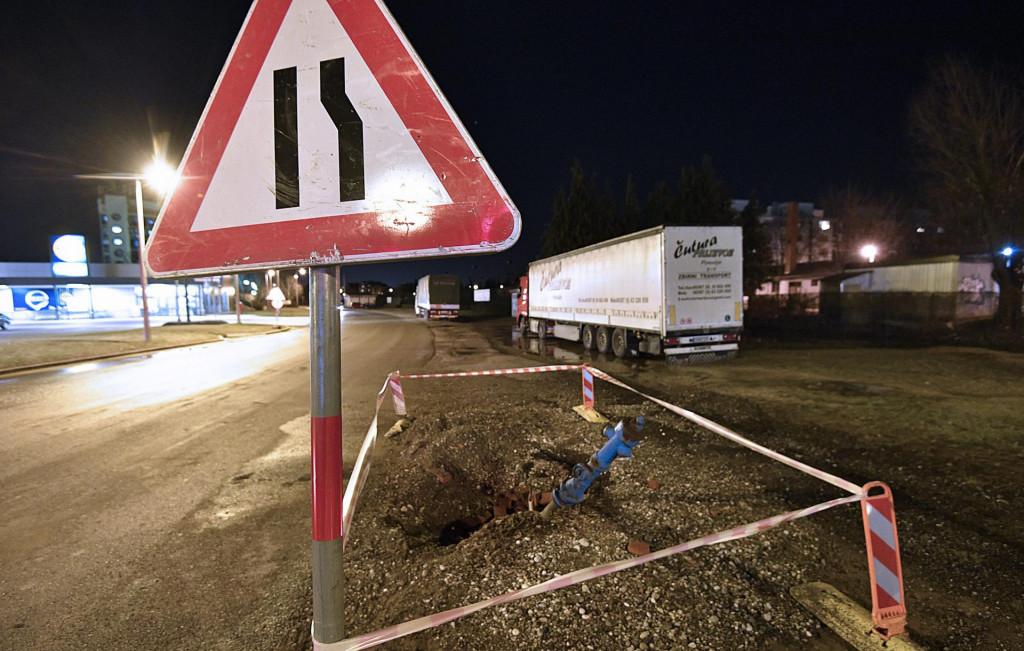 poplava hidranta (ilustracija)