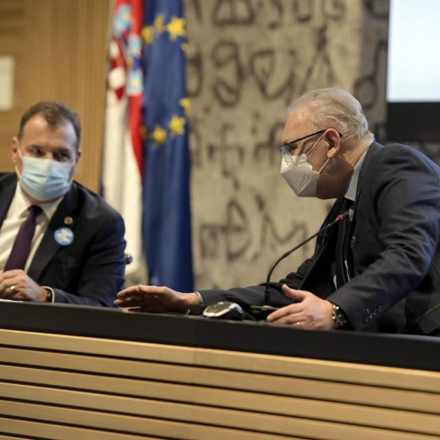 Ministri Vili Beroš i Davor Božinović