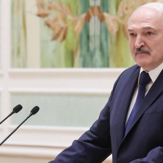 Aleksander Lukašenko, Bjelorusija