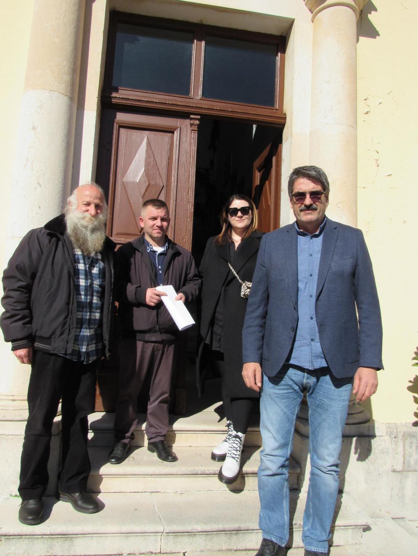 stručno povjerenstvo za literarne radove s ravnateljem Emilom Radovanovićem