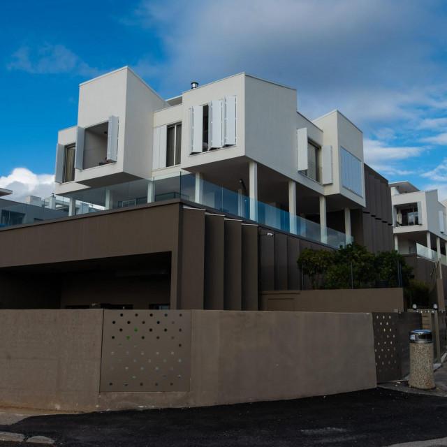 Projekt 4 kuce za 4 brata arhitekata Ive Letilovic i Igora Pedisica nominiran je za europsku nagradu Mies van der Rohe.