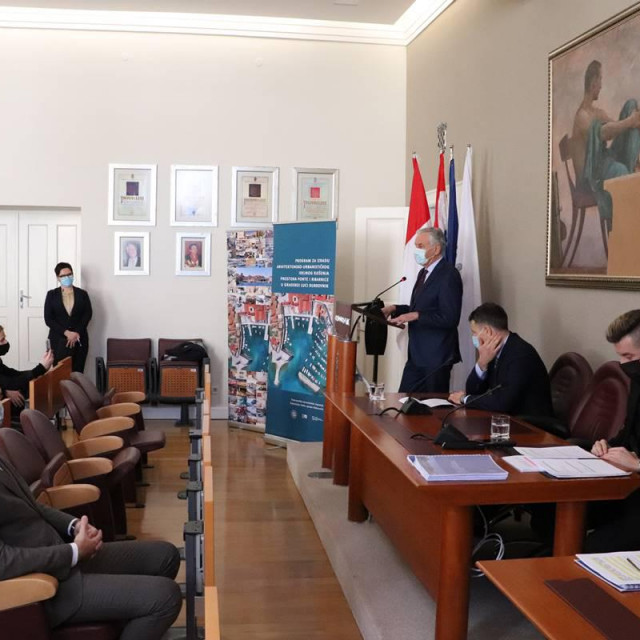 Predstavljen natječaj za uređenje prostora Ponte i Ribarnice u staroj gradskoj luci u Dubrovniku