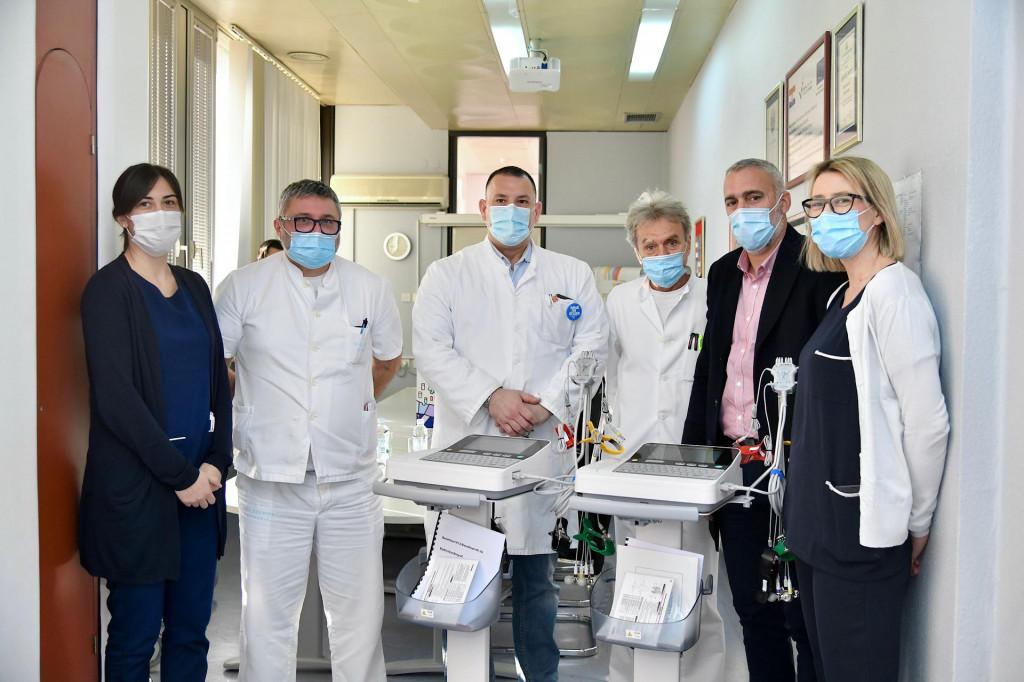Općina Dubrovačko primorje donirala je dva 12-kanalna EKG-uređaja dubrovačkoj Općoj bolnici