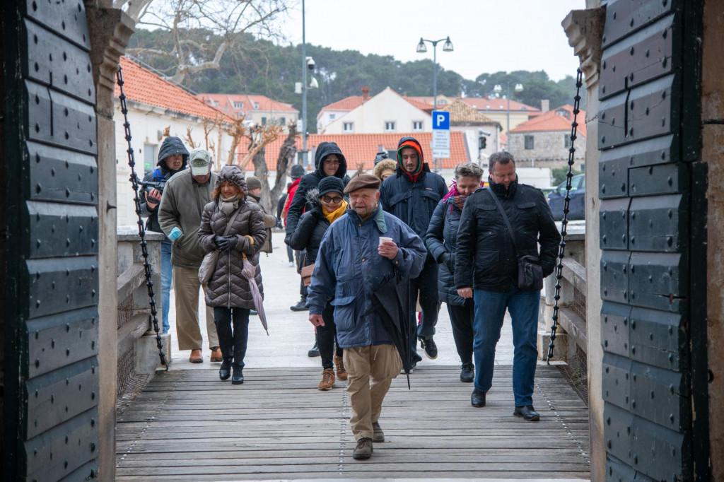 Društvo turističkih vodiča Dubrovnik počelo je s tradicionalnim besplatnim vođenjima za građane