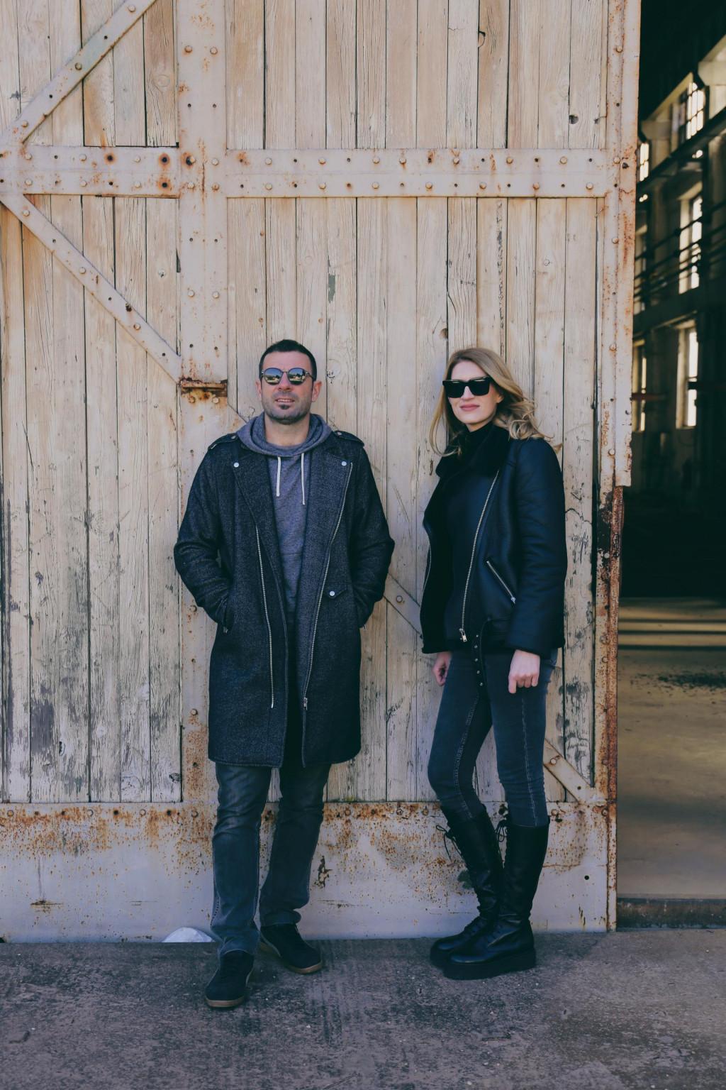 """Na lokalnom Radiju Korčuli """"Elektrochat"""" je sve popularnija emisija koju uređuje i vodi duo Kate i Božo"""
