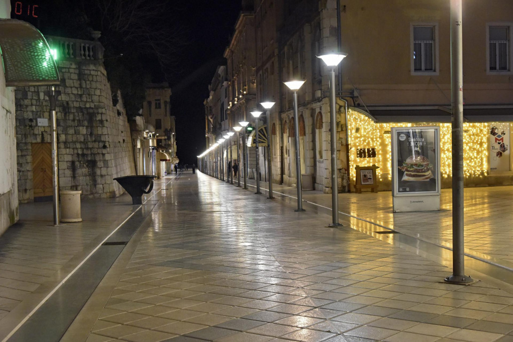 Marmontova ulica kao u vrijeme lanjskog najtvrđeg lockdowna