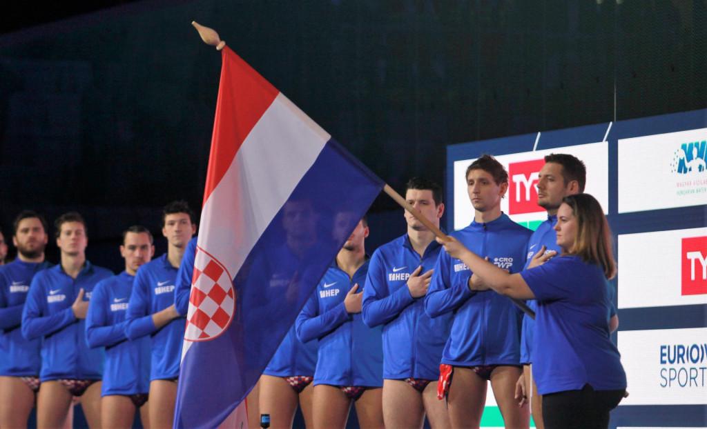 Lijepa naša - Hrvatska vaterpolska reprezentacija (EP 2020. u Budimpešti) foto: Tonči Vlašić