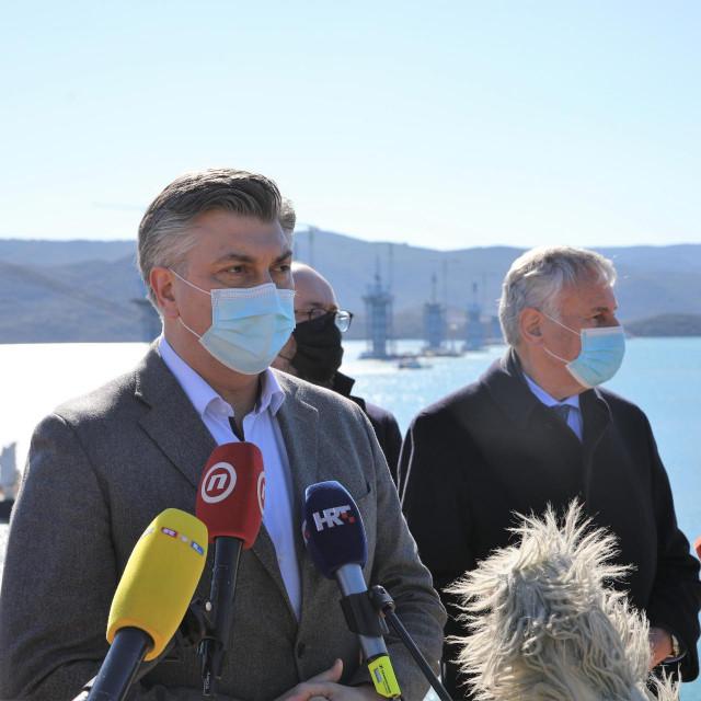 Hrvatski premijer Andrej Plenković u Komarni<br />