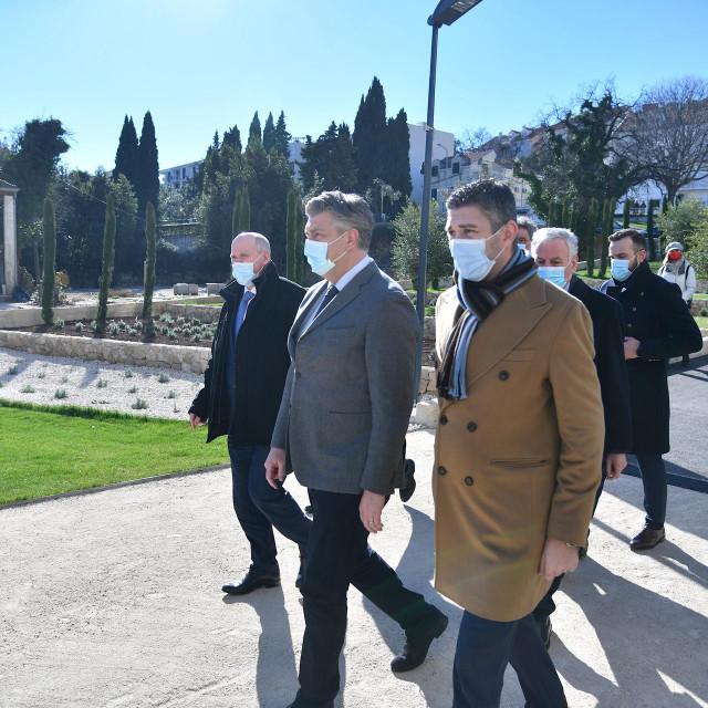 Premijer Andrej Plenković uoči svečanosti otvorenja Studentskog doma u Dubrovniku