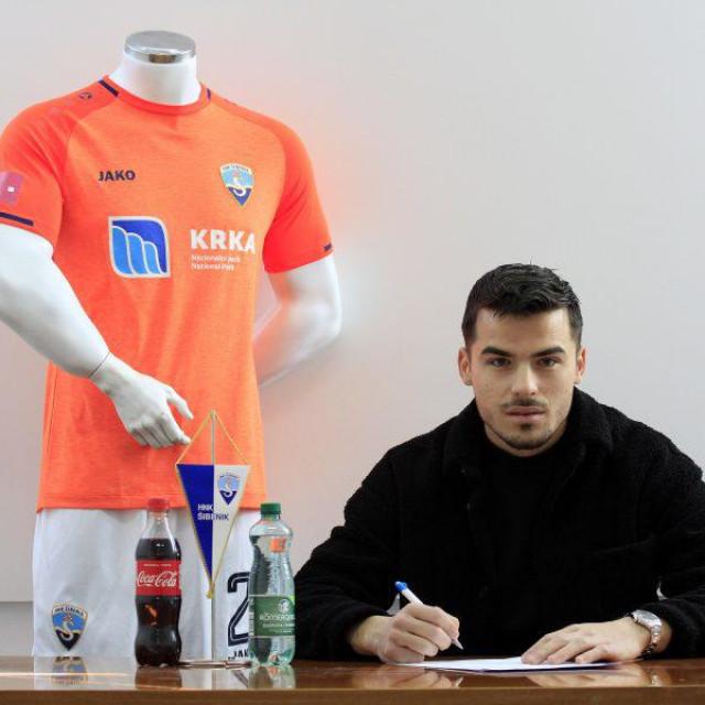 Mario Ćurić potpisao novi ugovor sa Šibenikom