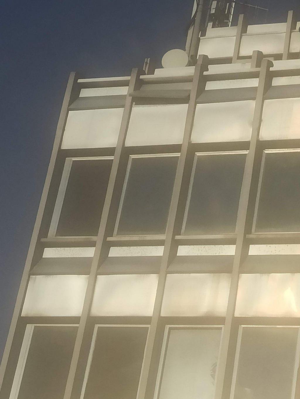 Oštećenja na HEP-ovoj zgradi u Hebrangovoj ulici