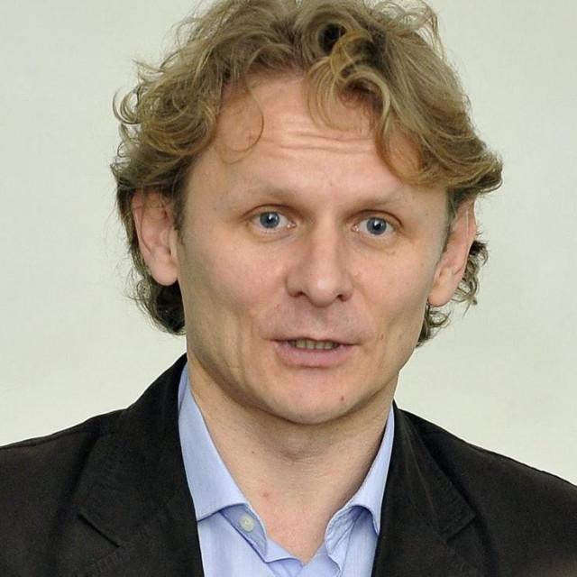 Akademik Ivan Đikić