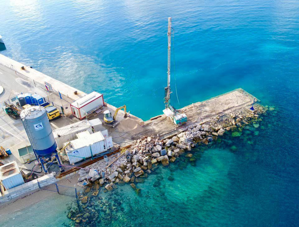 "Projekt ""Rekonstrukcija lukobrana Puntin – luka Korčula"""