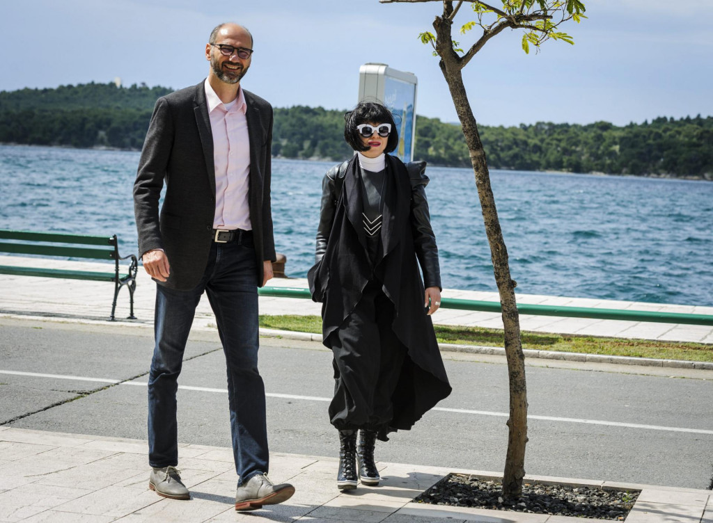 Na fotografiji: Joško Klisović i Mirela Holy
