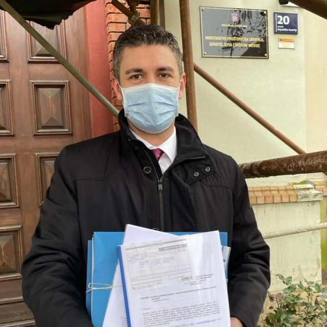 Dubrovački gradonačelnik Mato Franković predaje izmjene i dopoune GUP-a Grada Dubrovnika u ministarstvo na suglasnost