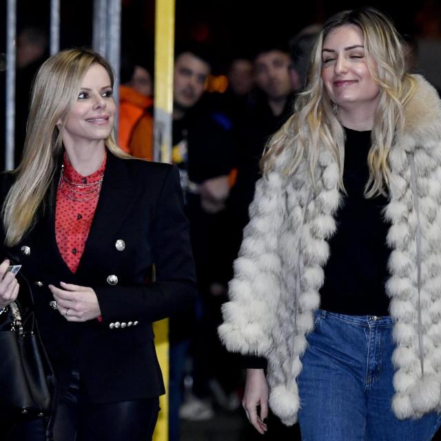 Ana Mamić Šikić (lijevo) tvrdi da se s bivšim suprugom dogovorilakako će nakon razvoda sklopiti ugovor o diobi bračne stečevine