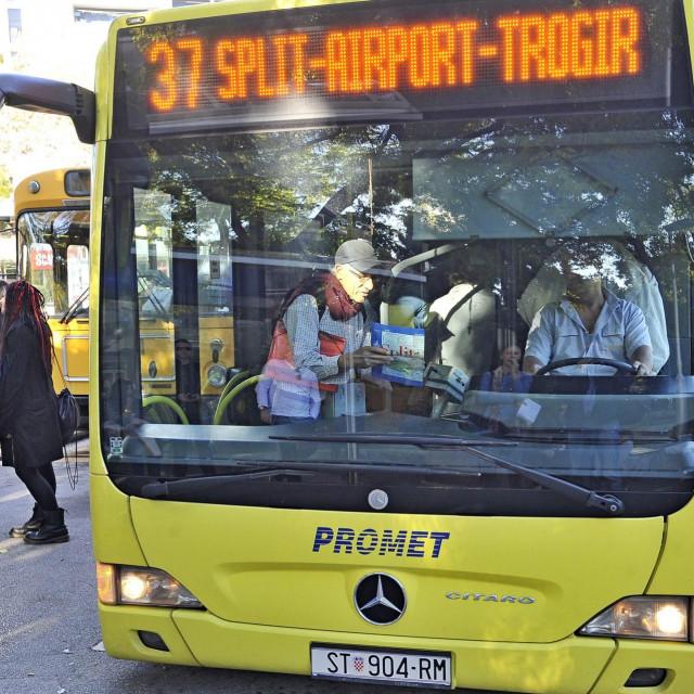 Kasnovečernji autobus na liniji broj 37 polazit će iz Trogira pet minuta kasnije