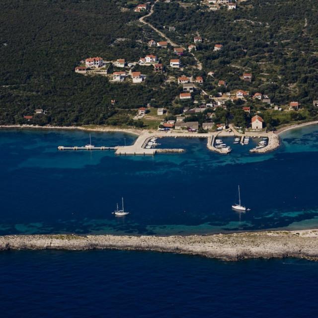 Otok Premuda ponovo je dobila mogućnost primanja paketa težih od dvije kile