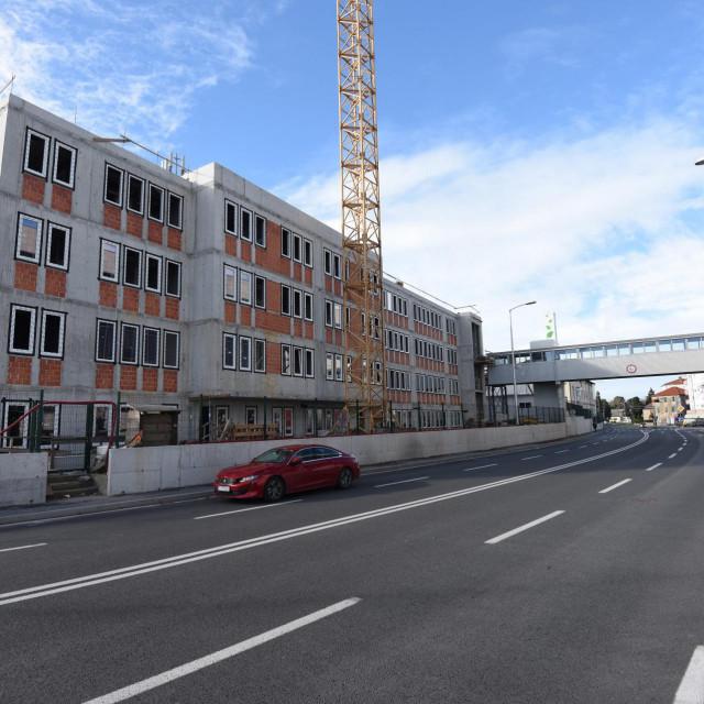 Nova zgrada u krugu bolnice u kojoj će biti smješten linearni akcelerator