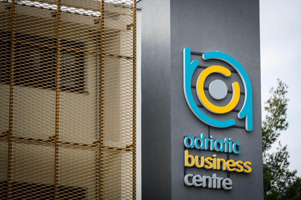 <br /> Nova zgrada ABC Adritaic Business centra u prostoru bivse tvornice TLM u koje ce biti poslovni centar i Razvojna agencija.<br />