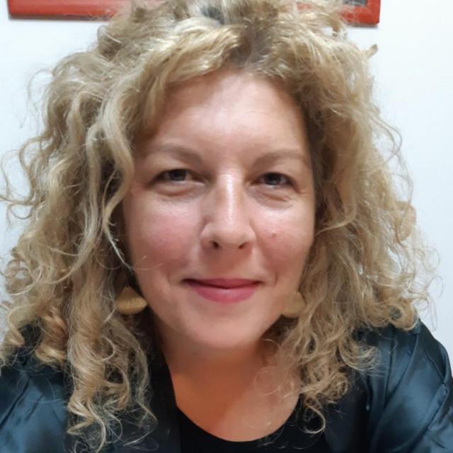 Dube Marjanović Ladašić, novinarka Dubrovačkog vjesnika