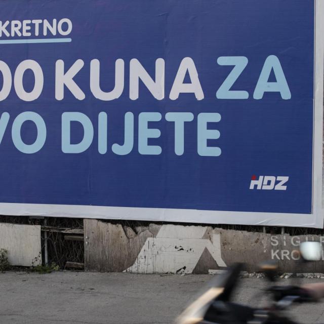 Predizborni plakat Vice Mihanovića, kandidata HDZ-a za splitskog gradonačelnika.<br />