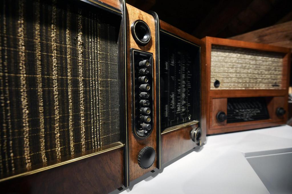 HAKOM-a za smetnje u prijamu radio programa pogođene upućuje da ih prijave izravno ometanom radiju