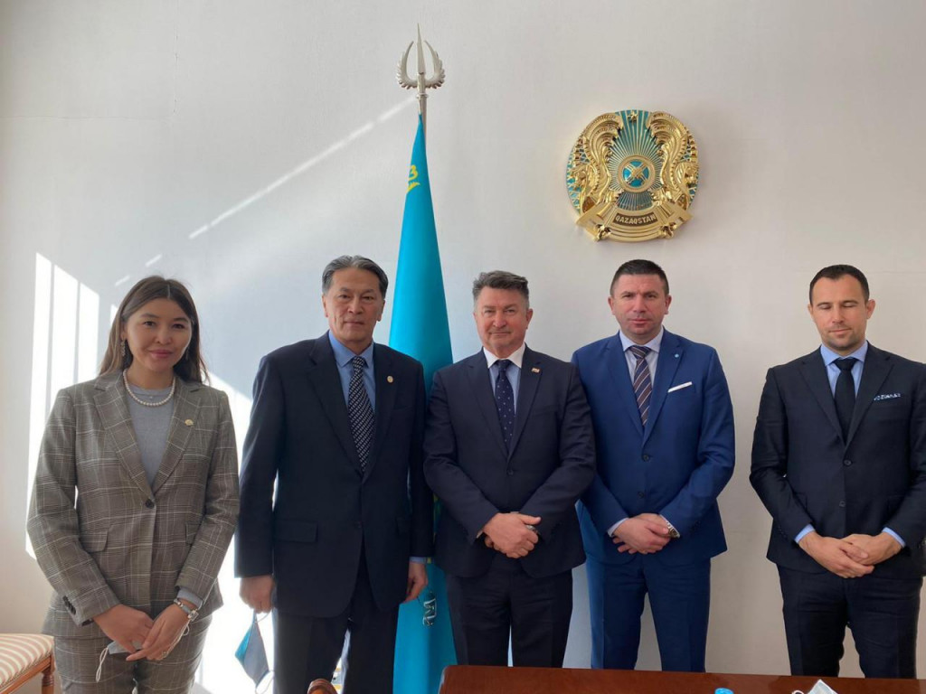 Ivica Pirić, Refik Šabanović i kazahstanska delegacija