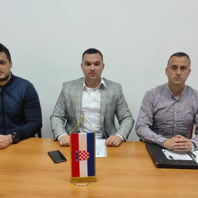 Ivica Pintur, Mate Lukić i Mario Vrselja
