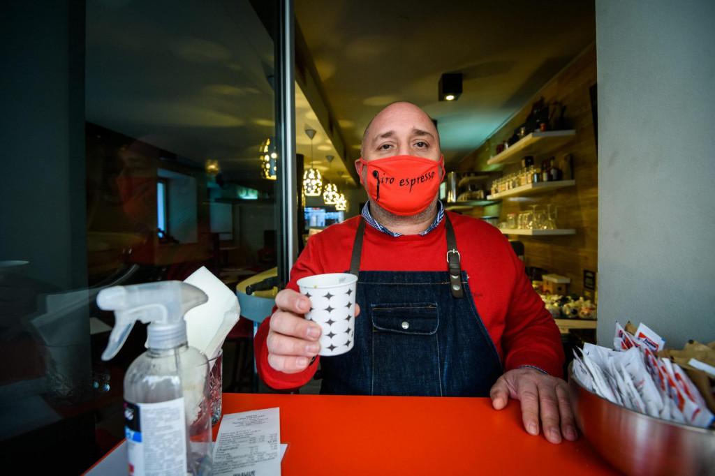 U ponedjeljak od podne do ure u 15-ak šibenskih lokala možete popiti besplatnu kavu