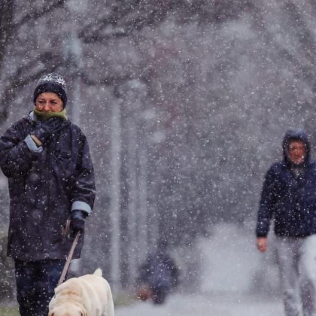 Stiže zahlađenje, ponegdje će biti i snijega