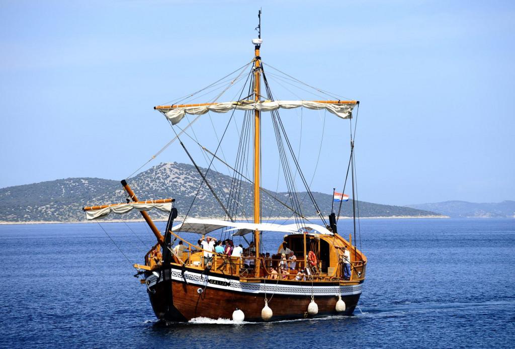 Brod Galija