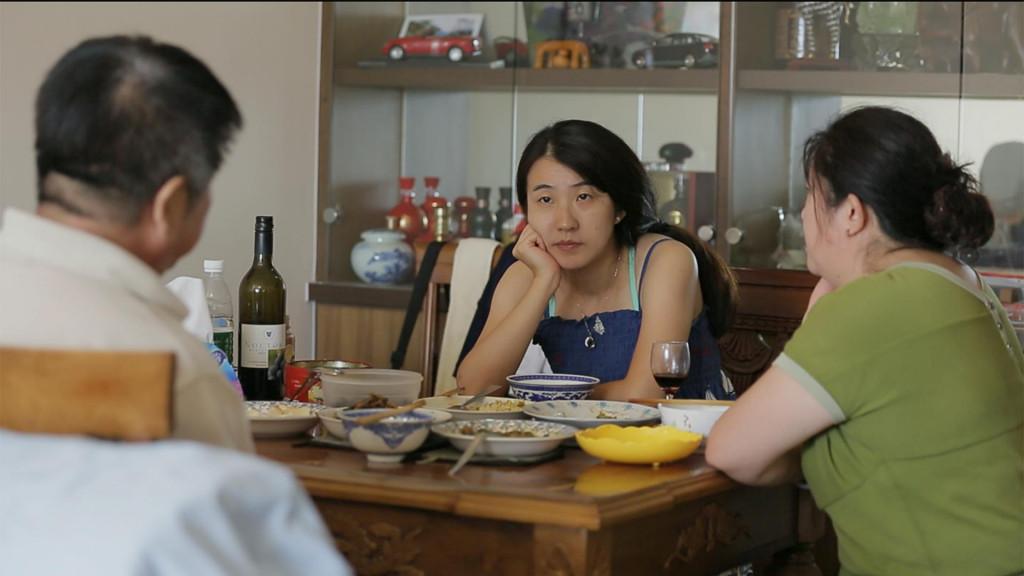 'Usidjelice', ručak s roditeljima<br />