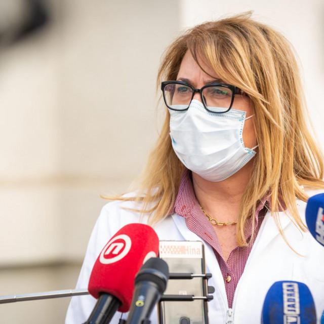 Split,240221.<br /> Zeljke Karin ispred Higijenskog zavoda dala izjavu o povecanju broja zarazenih.<br />