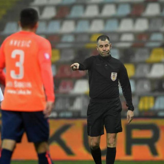 Nakon utakmice Rijeka-Šibenik krenula je lavina kritika na suđenje