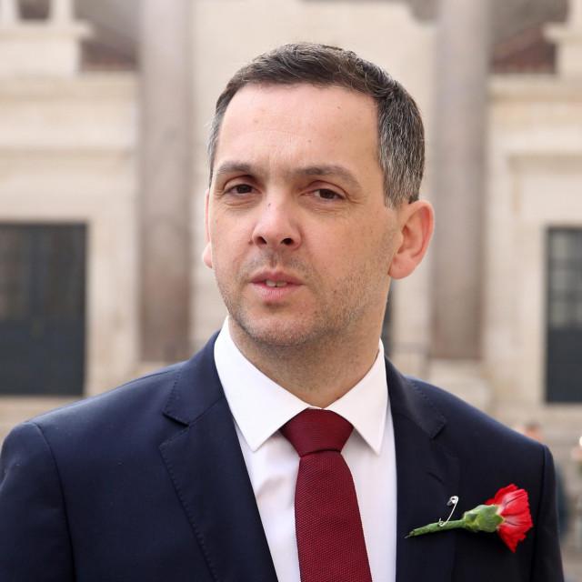 Split, 260221.<br /> Na Peristilu je odrzano predstavljanje Ante Franica SDP-ovog kandidata za gradonacelnika Splita.<br /> Preddstavljanju je sudjelovao i predsjednik stranke Pedja Grbin<br /> Na fotografiji: Ante Franic<br />