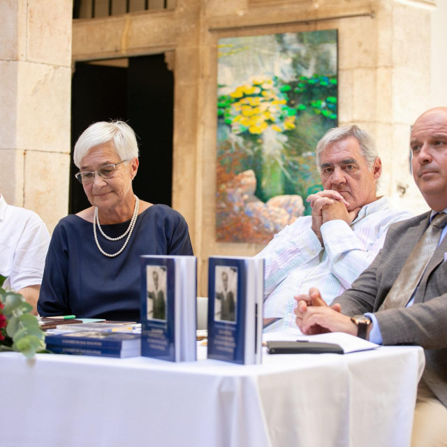 Denis Ajduković, Urszula Dzierzawska-Bukowska, Vido Peručić i Vincije Lupis<br />